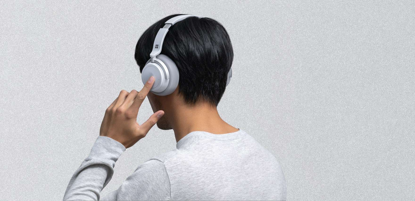 How Headphones And Ear Buds Can Damage Hearing Gradually Over Time?